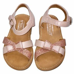 Seychelles 6 Pink Glitter Faux Strap Bow Sandals